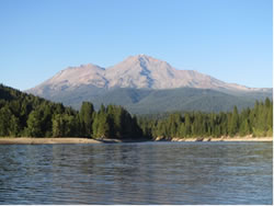 Mount_Shasta_2014_Foto1