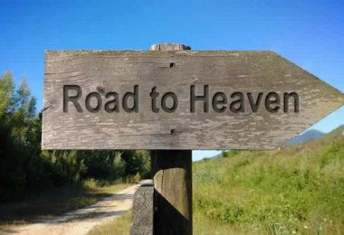 Wegweiser zum Himmel