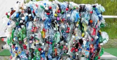 Plastik-Muell-plastic-bottles
