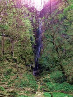 250_Wasserfall_lang
