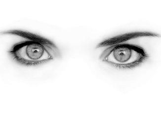 Augen in schwarz und weiß