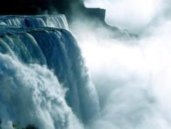 Wasser als Jungbrunnen und Gesundbrunnen Wasserfall Niagara