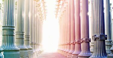 Säulen-Gang-Licht-Energie