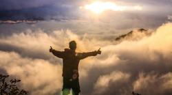 Spiritualitaet-Mann-wolken-spiritual