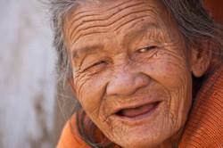 alte-Frau-Lächeln-old-lady