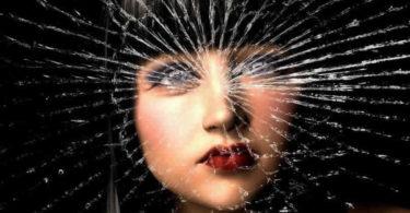 Gesicht-zerspringen-Bewusstsein-depression