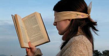 lesen-meadchen-augen-read