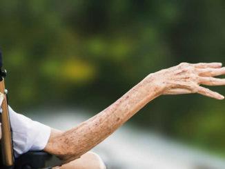 Krankheit-tod-Arm-hospice