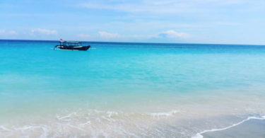 Lombok-devaya-ayurveda-strand-morgens