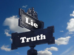 Großkonzerne Schild Luege Wahrheit