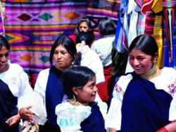 lions-tours-ecuador-otavalo-markt