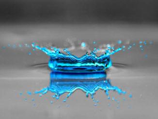 Wassertropfen-grau-tuerkis-drop