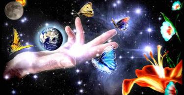 earth-erde-hand-blumen-all