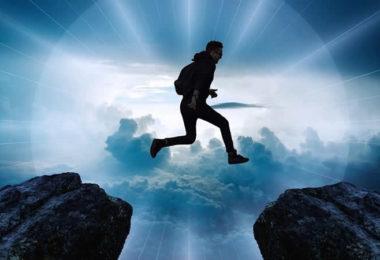 Springen-Nahtod-licht-wolken-clouds