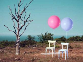 stuhl-baum-ballons-chair