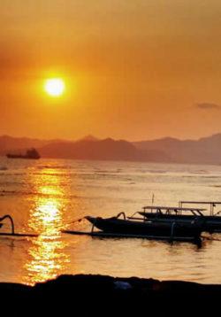 devaya-lombok-peisger-ayurveda-meer-schiff-sonnenuntergang