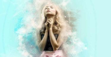 meadchen-beten-pray