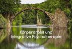seminar-bruecke-spiegelung-wasser-bridge