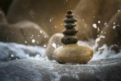 wasser-steine-balance