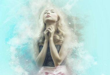 frau-beten-pray