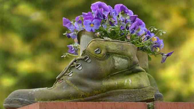 blumen-deko-boots