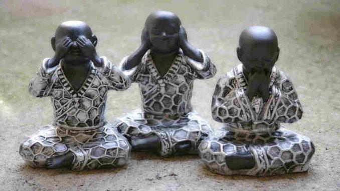 Verantwortung und Spiritualität -plastik-plastikmuell-Umwelt-buddha