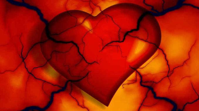 rot-oranges-gerissenes-herz-heart