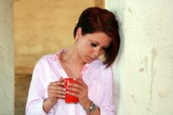 traurige frau 7 Prinzipien Gefühle zu heilen