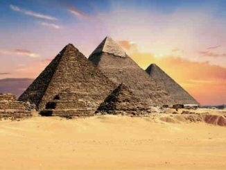 spirituelle-reise-aegyptenII2019-barbarabessen-pyramids
