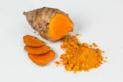 kurkuma-heilpflanze-ayurveda-turmeric