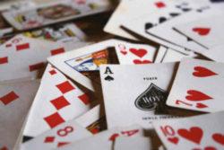 karten-tarot-kartenleger-traeme-Jack-hamilton-320934-unsplash