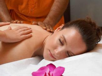 ayurveda-ruecken-massage