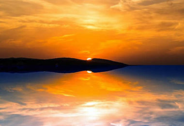 wolken-spiegelung-licht-evening