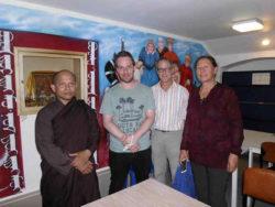 DAR-Ein Professor der buddhistischen Lehre war offen für Fragen