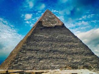 pyramide-himmel-wolken-pyramid