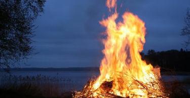 feuer-zeremonie-lifepassion-fire