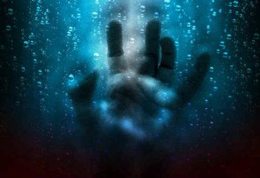 gewalt-und-spiritualitaet-hand