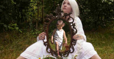 heile-dein-inneres-kind-selbsterfahrung-person