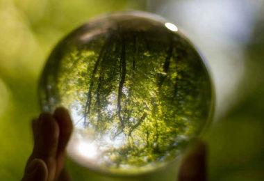 mutter-kristall-crystal-ball