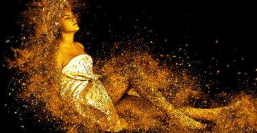 spirituell-Reinigungsritual-Sauna-Wellness-woman