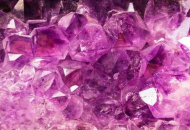 Heil-Wirkung-Transformation-Amethyst-gem