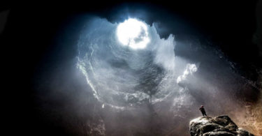 auszug-buch-der-gral-lars muhl-cave