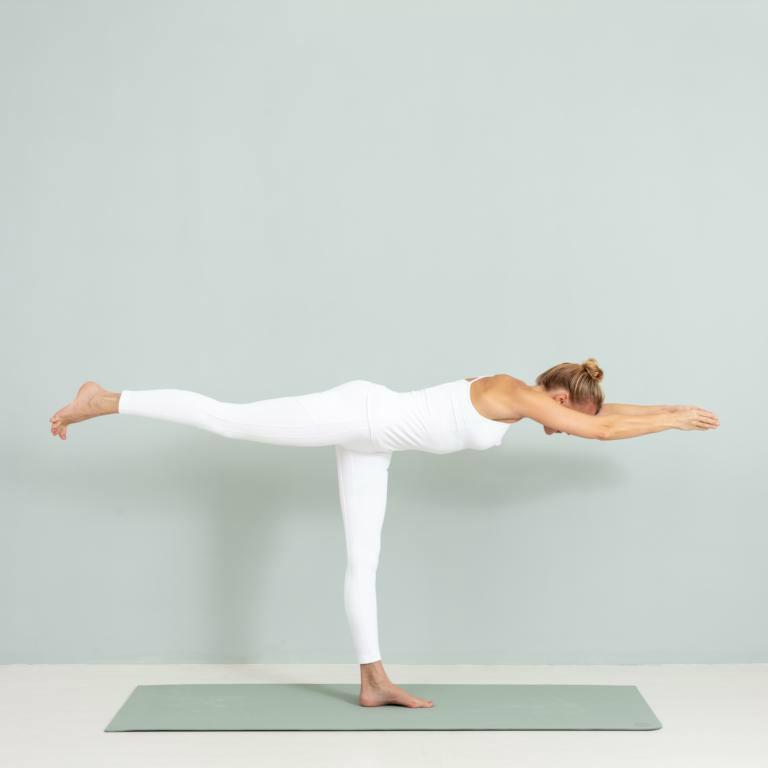wohlsein-yoga-annika isterling-kamphausen-asanas-2610