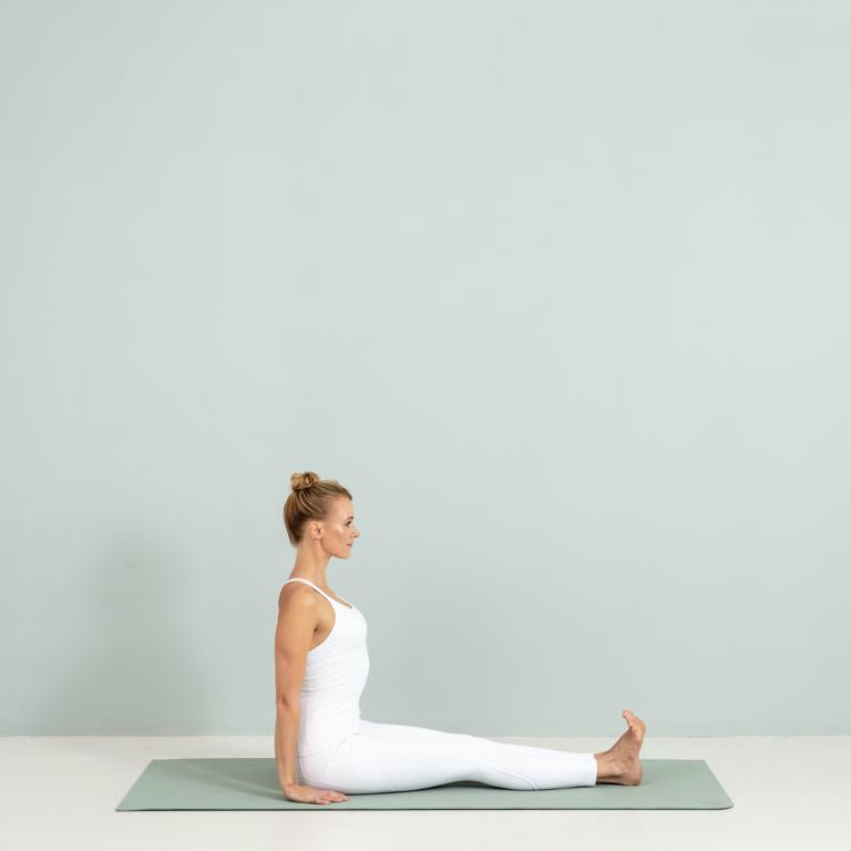 wohlsein-yoga-annika isterling-kamphausen-asanas-2958