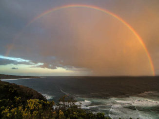 regenbogen-meer-spiritualitaet-SpirtCast-Andrea-Riemer-rainbow