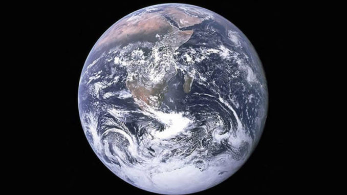fred-hageneder-the-blue-marble-earth-seen-from-Apollo-17