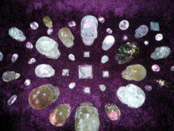 kukulkan-kristallschaedel-netzwerk