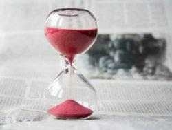 zeitqualitaet-astrologie-energien-hourglass