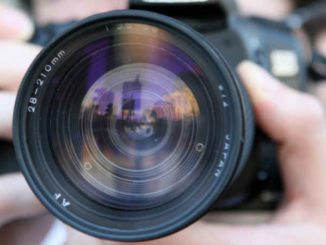 Angst-fotografiert-zu-werden-Fotoshooting-Fotosession-Kamera-Linse-camera