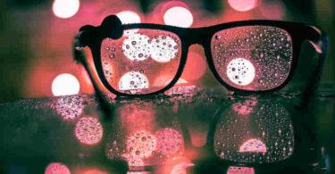 blinde-flecken-inneres-wachstum-transformation-punkte-brille-bokeh
